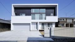 ビルトインガレージのある家 『haruhi K-house』