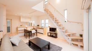 住みやすく爽やかでシンプルモダンな家