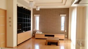 お庭と行き来しやすい採光デザイン設計の家